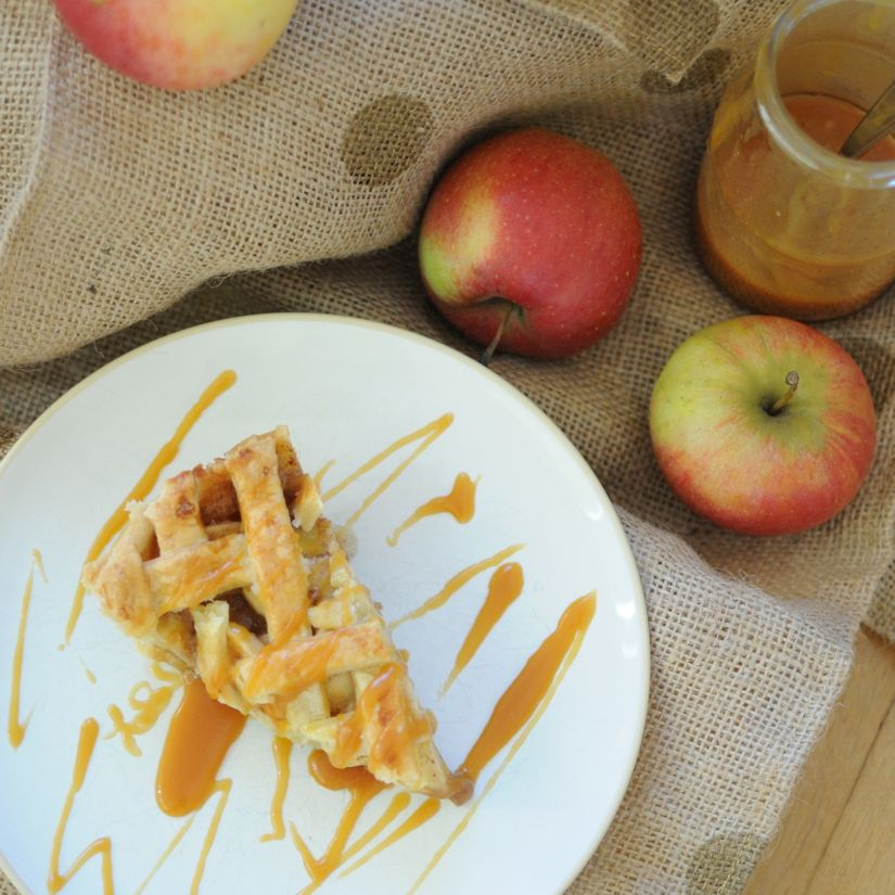 salted caramel apple pie - 11