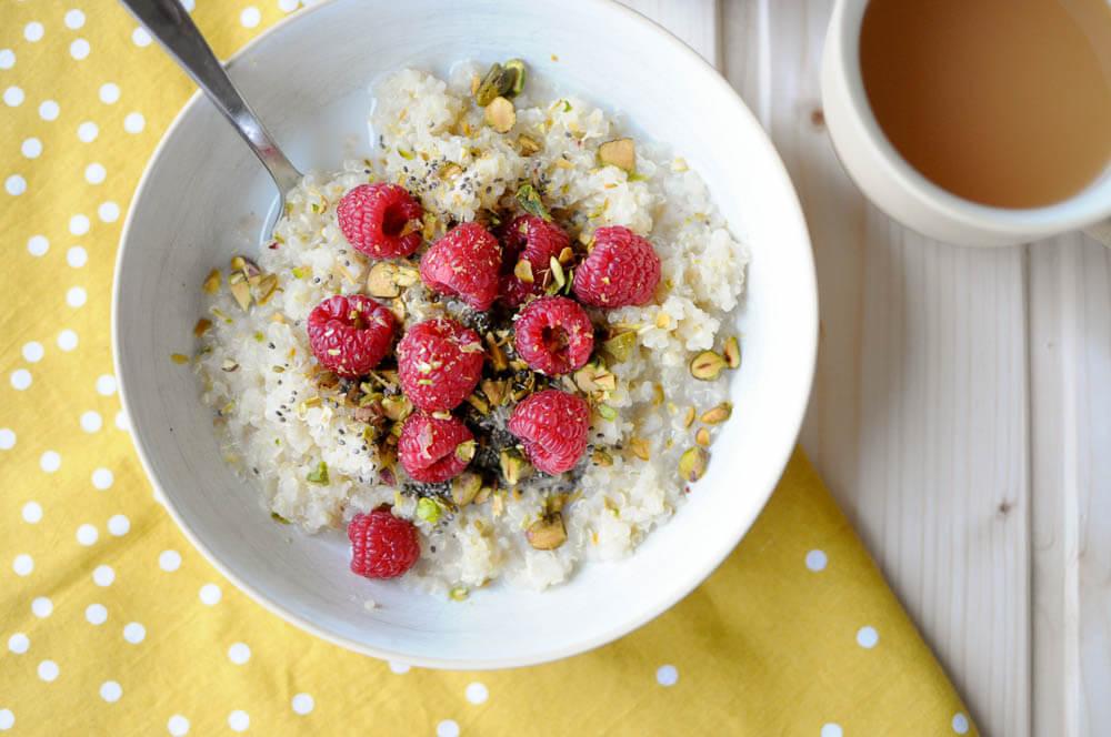 Raspberry Pistachio Quinoa Porridge