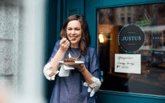 Caitlin Ball eating dessert practicing gentle nutrition